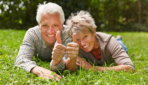 Guter Zahnersatz im Alter